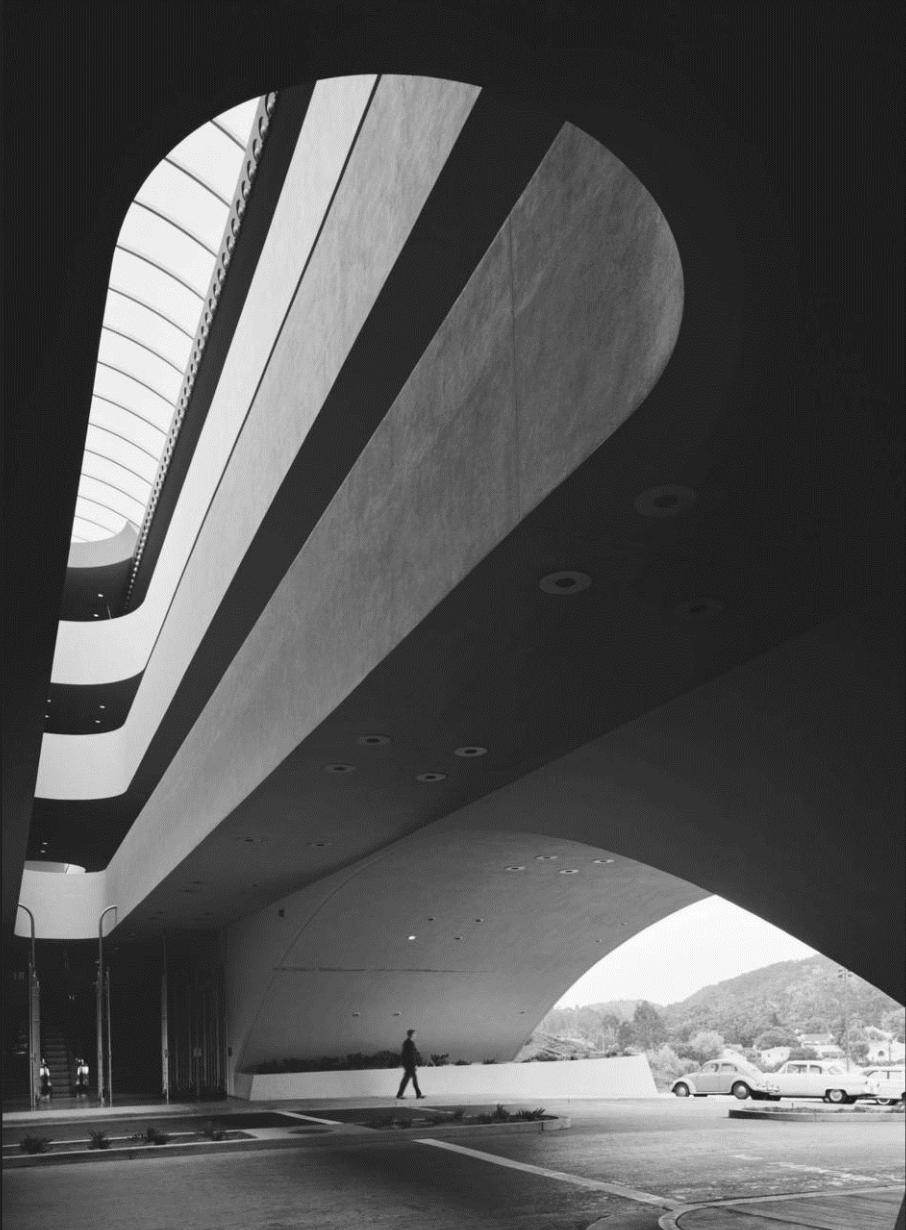 Marin County Civic Center, Frank Lloyd Wright, San Rafael, CA, 1962. Photo: Ezra Stoller