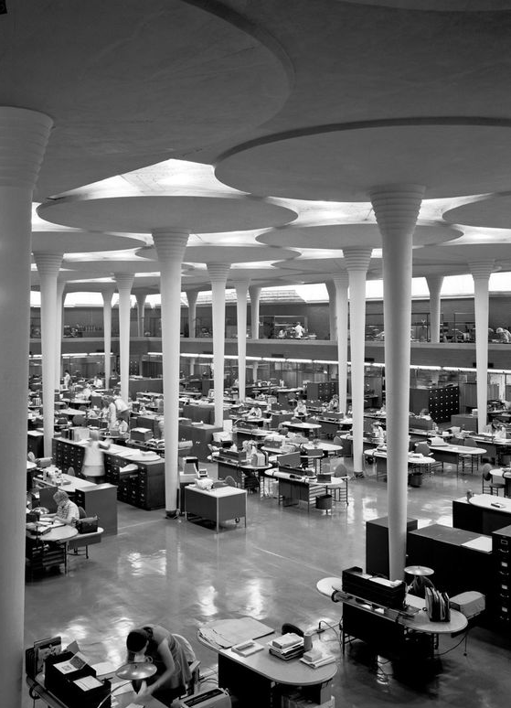 Frank Lloyd Wright | Johnson Wax HQ Más