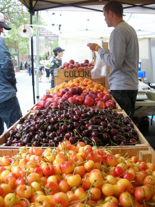 Cherries-at-the-market-e1450882216169.jpg