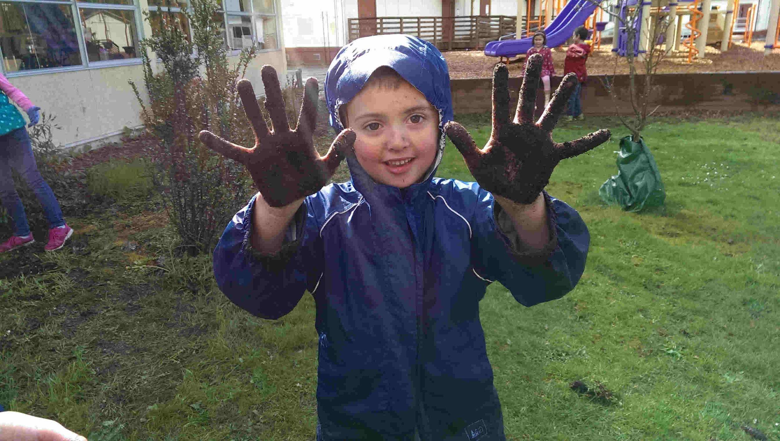 muddy hands 1