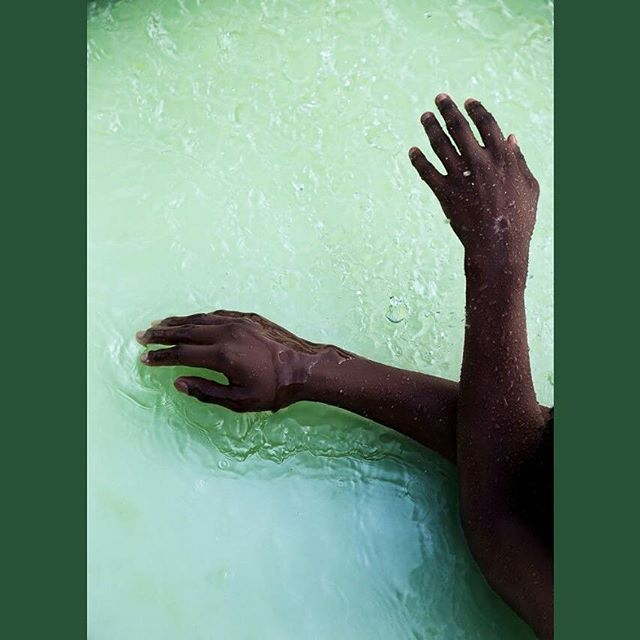 Lucas No°39  Model: Lucas Ogutu (@lucqo) 📷 : Brian Kivuti (@brian.kivuti)  #makeportraits #makeart #artphotography #hands #bodyform #droplets  #melanin #canon6d #canonafrica #canonkenya #canonphotography #vscokenya #vsco #visualcreators #eastafricaarts