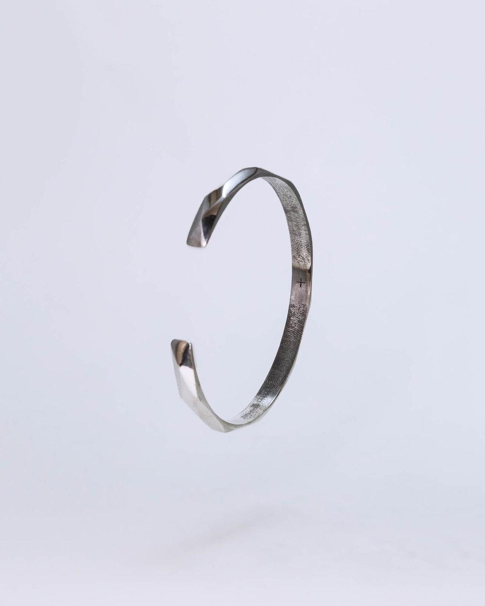 %22Facet Band Fingerprint (3)%22, Brian Kivuti (February 22, 2018) [web.v.2.Cropped].jpg
