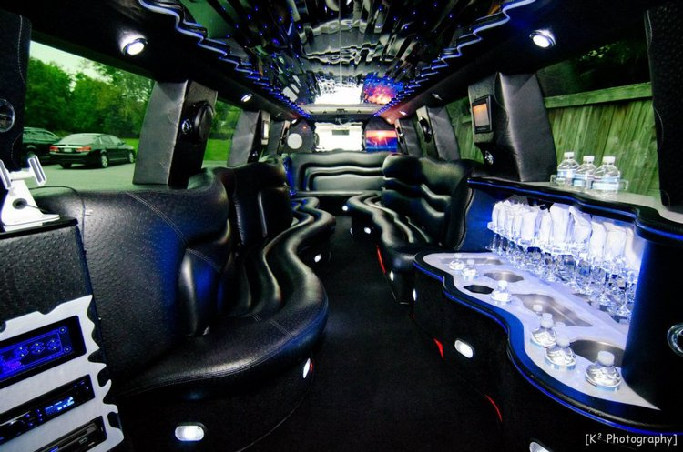 Cadillac Escalade Limo interior green lights