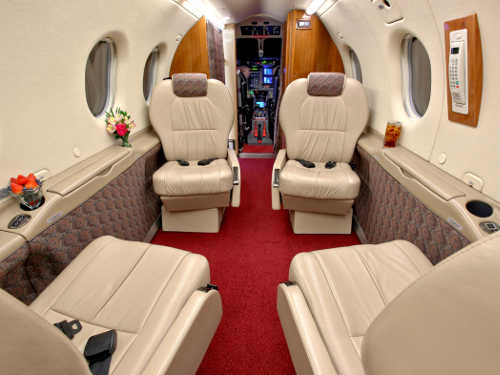 Turbo Prop Pilatus Interior .jpg
