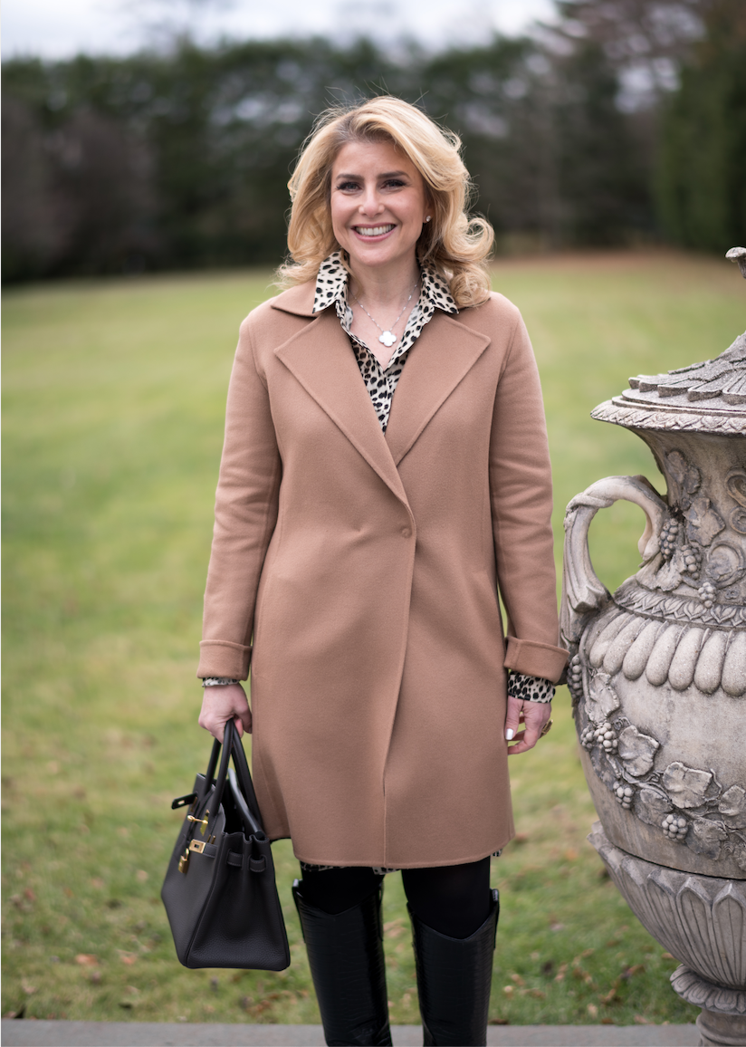 ANGELA RETELNY CONSISTENTLY RANKS AMONG THE TOP PRODUCING REAL ESTATE AGENTS IN SCARSDALE, NEW YORK.