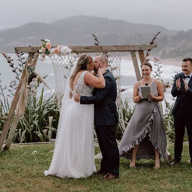 The beautiful @hitchedbyholly doubling up on duties here- celebrant and bridesmaid! Holly is down to earth, enthusiastic and always up for a giggle, and you can meet her at @onewonderfuldaynz this year! Saturday 11 May, 2019 💛 The Atrium, Hamilton www.onewonderfulday.co.nz • • • • • #onewonderfulday #waikatoweddingfair #weddingfair #weddingexpo #nzweddings #newzealandweddings #waikatowedding #waikatoweddings #loveislove #wedding #bride #groom #bridetobe #nzbride #weddingplanning #celebrant #weddingcelebrant #waikatocelebrant