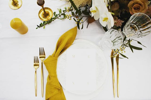 A bird's eye view of a carefully selected setting from @thestyledtable You can meet Mellissa and see what the next big colour trend will be at @onewonderfuldaynz this year. Saturday 11 May, 2019 th 💛 The Atrium, Hamilton www.onewonderfulday.co.nz • • • • • #onewonderfulday #waikatoweddingfair #weddingfair #weddingexpo #nzweddings #newzealandweddings #waikatowedding #waikatoweddings #loveislove #wedding #bride #groom #bridetobe #nzbride #weddingplanning #weddingstyling #weddingstylist #waikatoweddingstylist #tablesetting #styledtable #thestyledtable #wedinwaikato