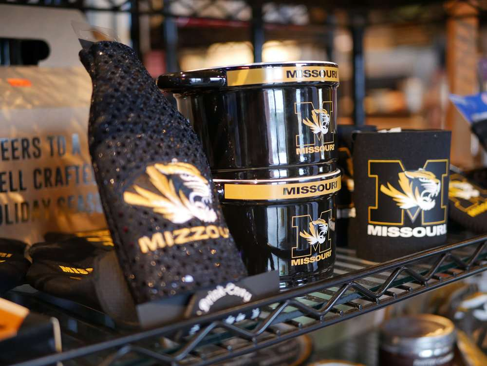 Tailgating Catering   Everything for Game Day can be found inside Hoss's Market. From uniquely designed Mizzou® clothing to made-from-scratch  tailgate meals  plus all your tailgate provisions.  It's one stop shopping at Hoss's Market on Tiger Game Days.