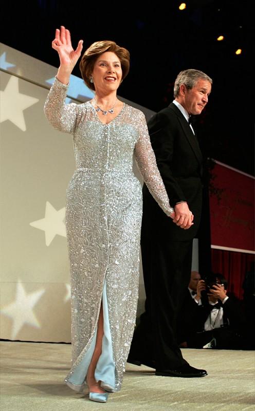 Laura Bush in Oscar de la Renta. Photo: Mark Wilson/Getty Images.