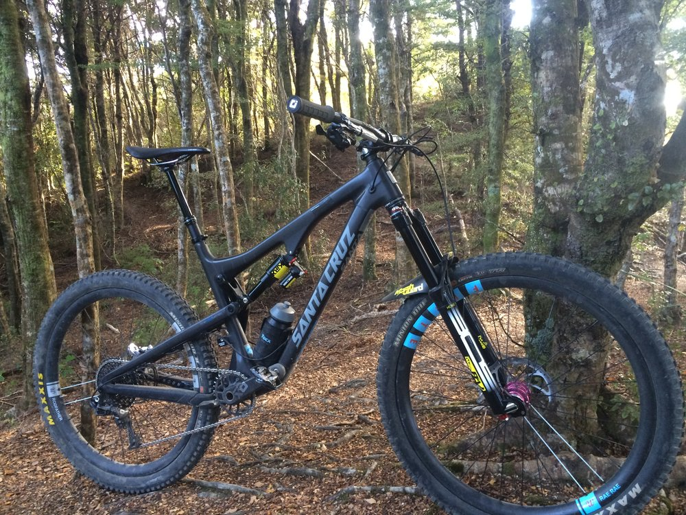 My Santa Cruz Bronson with the latest BOS Kirk rear shock and Deville FCV 160mm fork      photo : therodfather