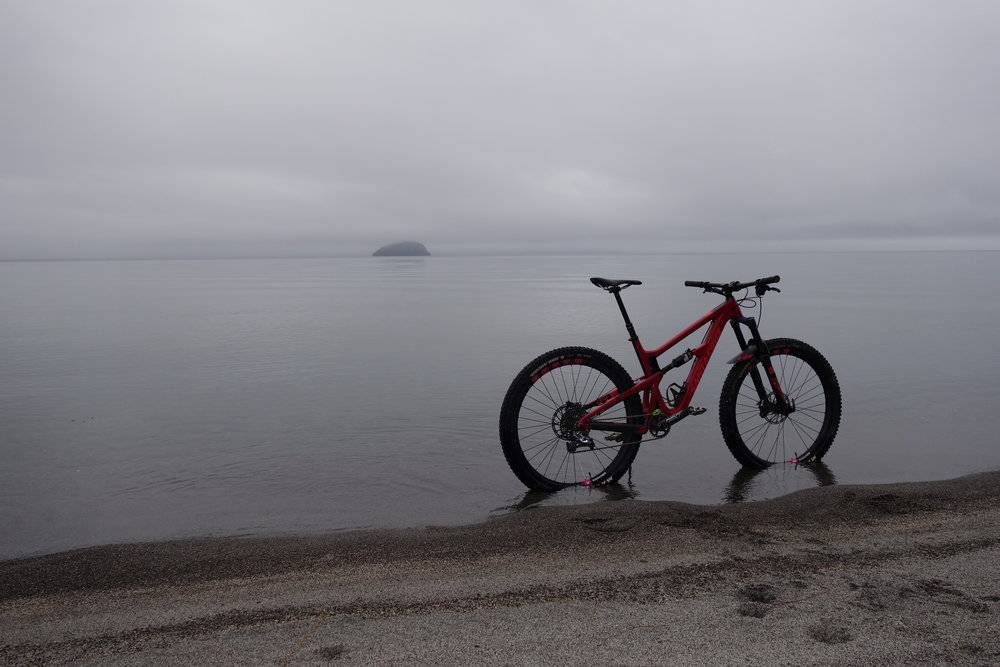 Santa Cruz Hightower 29 with Flitewheels. Lake Taupo               photo : therodfather