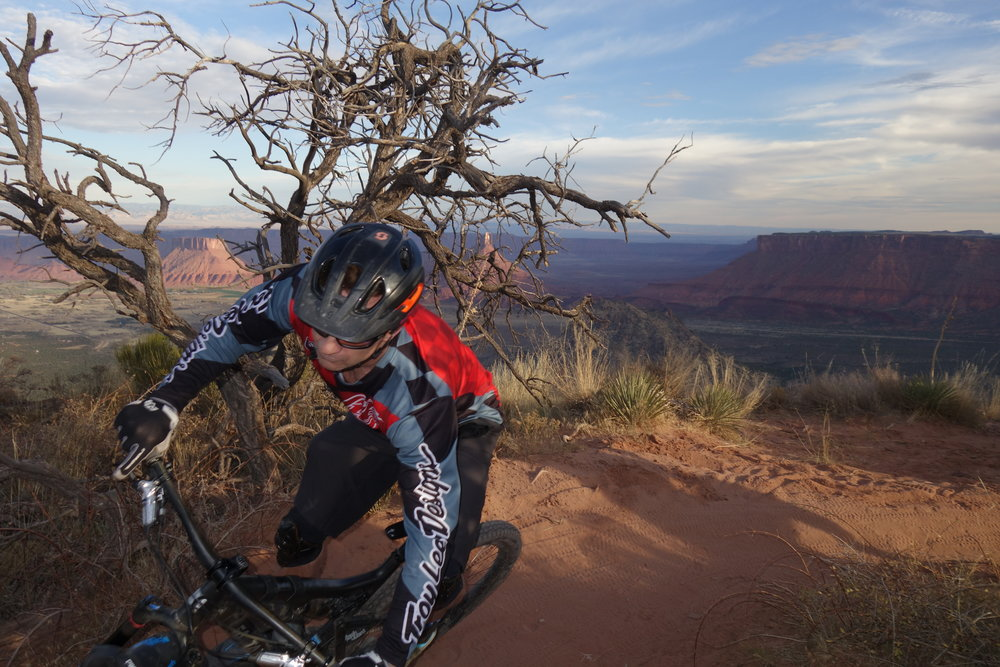My favourite riding pic on the Porcupine Rim Trail, Moab. photo: Tim Pickering