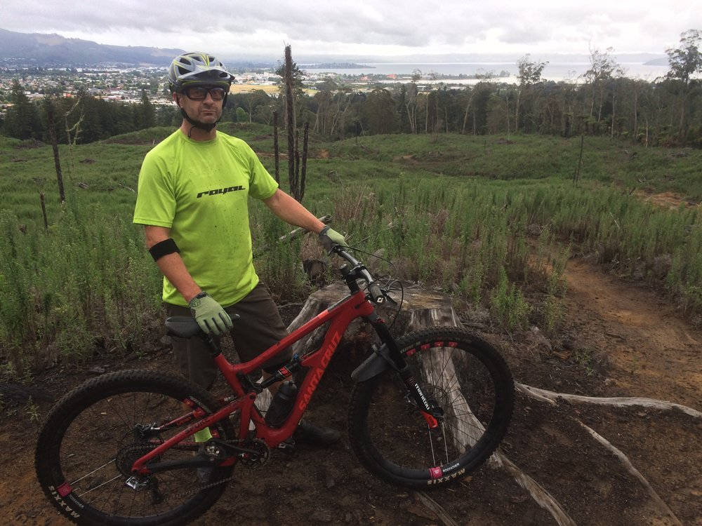 Feeling just a little guilty at leaving Elodie at Jeffs' place. But what a great ride after three days of rain and look at how clean I am. All the dirt was washed away to leave perfect trail surfaces.