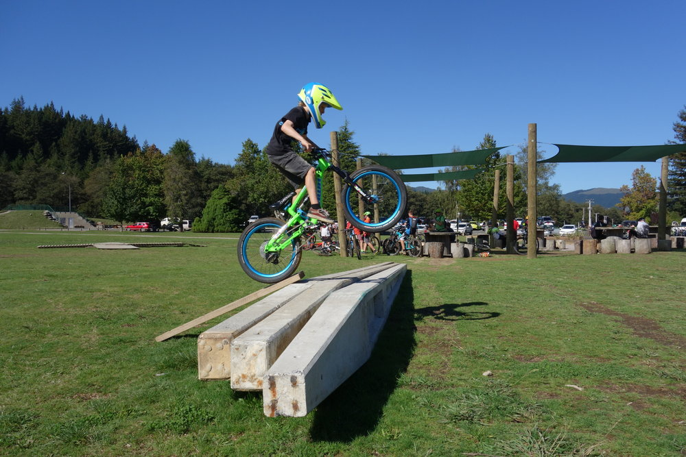 The simple life of being a kid with a bike and a plank of wood. This is one of the twins Jake or Theo from Queenstown who made fame recently hucking jumps at Gorge Road.