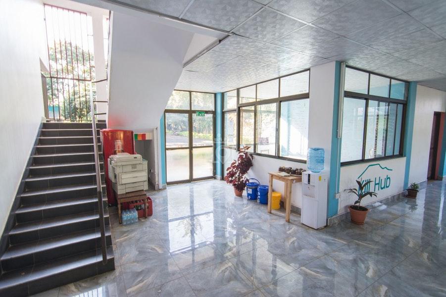 Kili-Hub-hallway.jpg