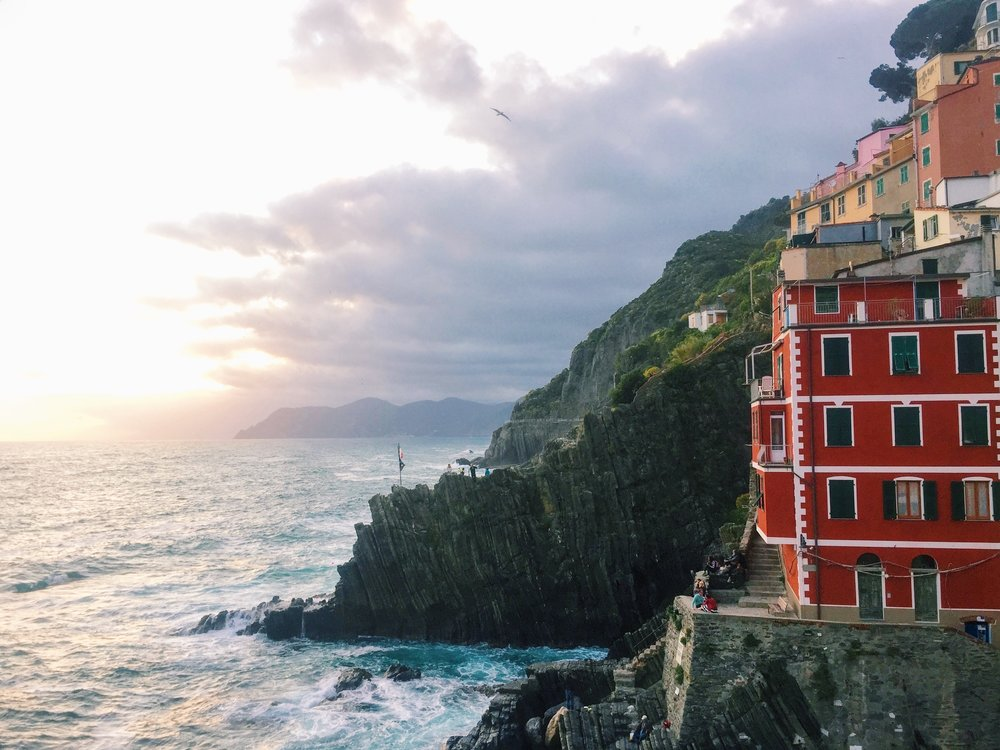 The beginning of a wondrous sunset over Riomaggiore.