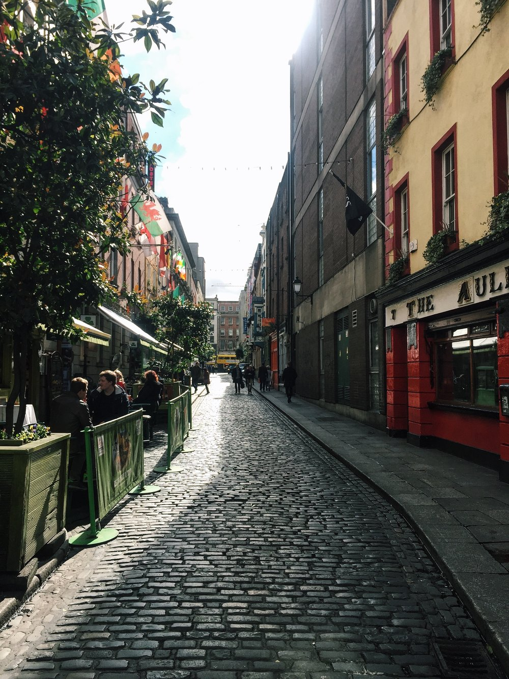 Temple street is just as lovely to walk through in the day time (and there are much less drunk people around)