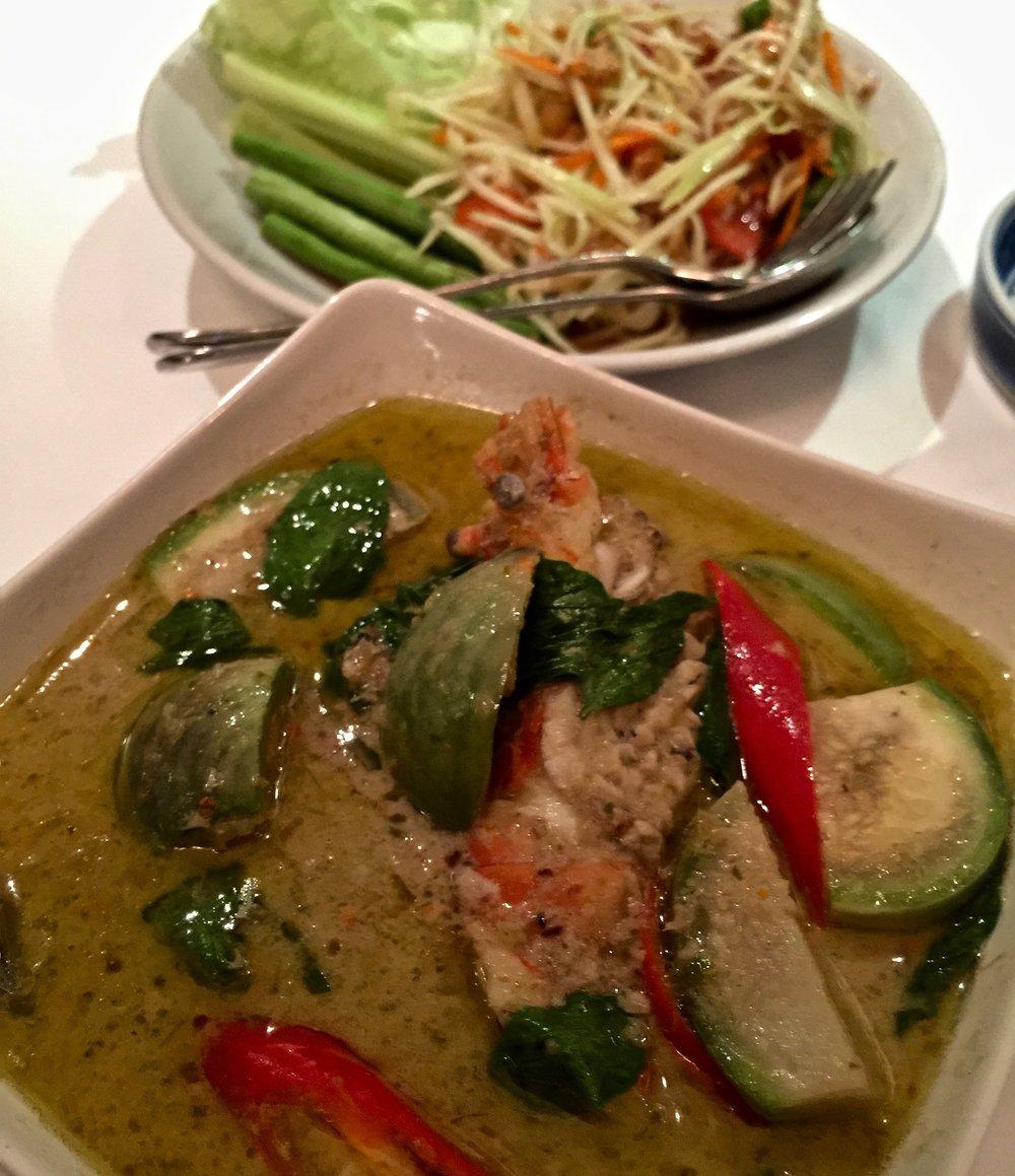 Thai green curry & green papaya salad