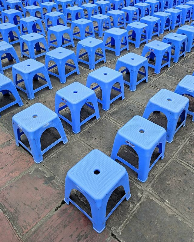 One of my favourite photos from Hanoi was taken at the Temple of Literature. Not only are these chairs scatterer all over the streets of Vietnam, but these were set up for the school kids who had class at the time.  Moments after this photo was taken, I was approached by four of these school kids on a mission to teach me some Vietnamese.  I wish I could tell you what I learnt that day, but I had just gotten off an overnight train and these photos are the I my memory I have haha.  #vietnam #travel #hanoi #temple #templeofliterature #furniture #furnituredesign
