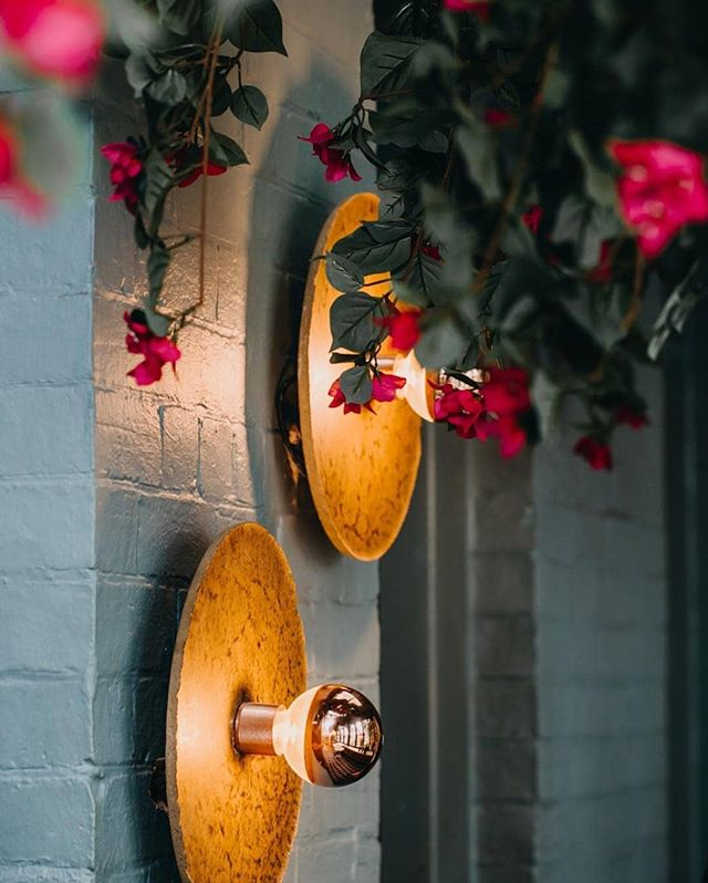 A couple Igneous wall lights in the beautiful @percy_plunkett cafe in Penrith. Interior designed by @killingmattwoods 🤘🤘 . . . . #design #lighting #lights #walllight #interior #industrialdesign #interiordesign #inspiration #productdesign #homedecor #home #designer #designboom #cafe