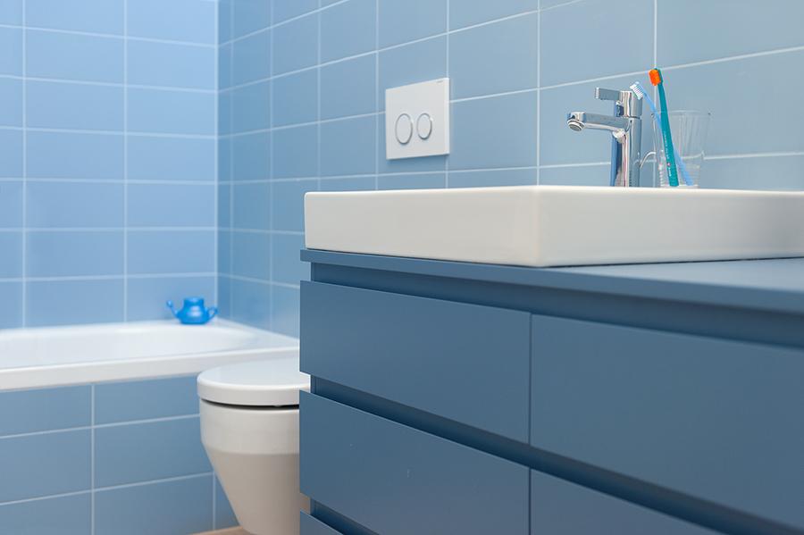 arch-Kombinat_foto -Ilovar&Tancic_H MJ_detajl kopalnica-bathroom detail_umivalnik-sink_08.jpg