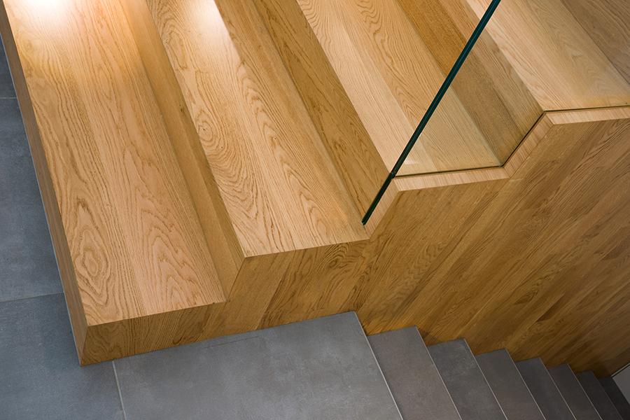 interior-Tina Rugelj_foto-Janez Marolt_H 48_detajl stopnic-stairs detail_04