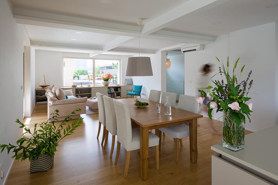 interior-Tina Rugelj_foto-Janez Marolt_H 48_kuhinja-kitchen_jedilnica-dining room_dnevna soba-living room_10