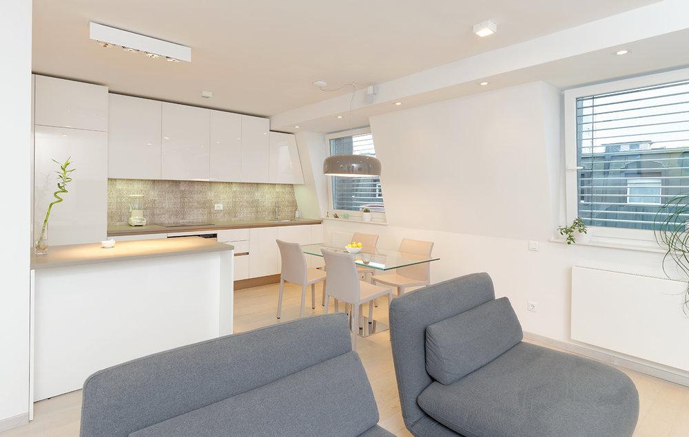 interior-Tina Rugelj_AP S_kuhinja-kitchen_kavč-sofa_03