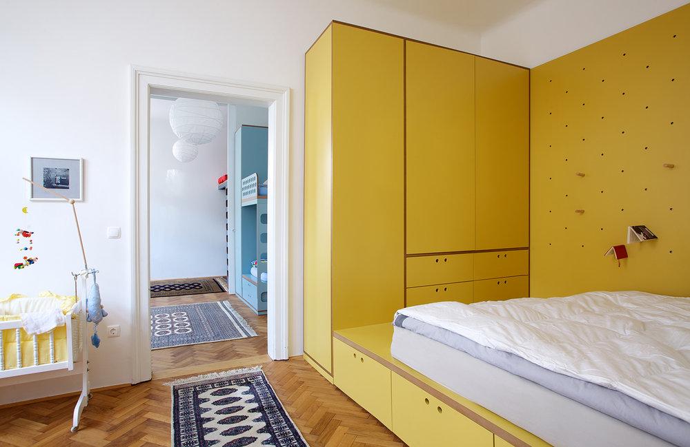 interior-Kombinat_foto-Matevž Paternoster_AP R_spalnica-bedroom_06