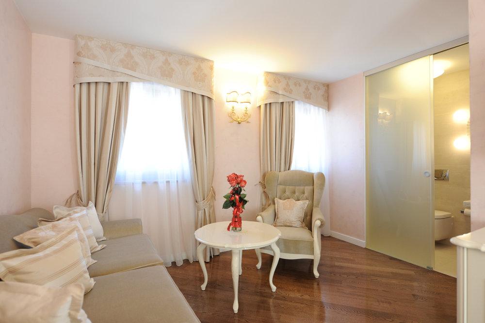 interior-Tina Rugelj_foto-Dean Dubokovič_S SR_hotelska soba-hotel suite-hotel room_07