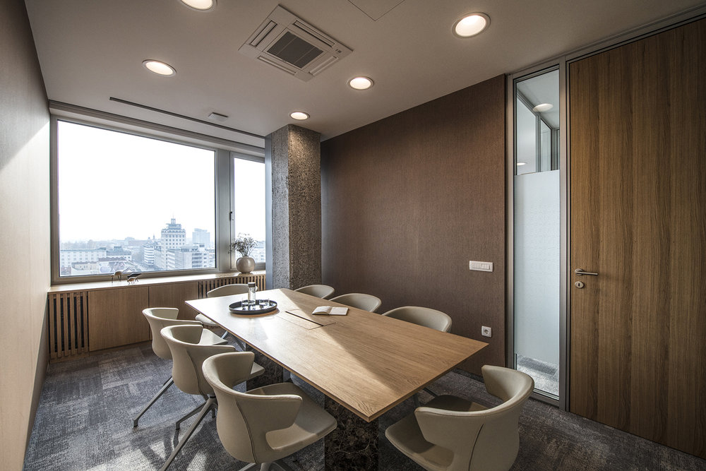 interior-Tina Rugelj_foto-Miran Kambič_AP N_sejna soba-conference room_05.jpg