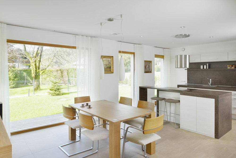 interior-Tina Rugelj_foto-Miran Kambič_H T_jedilnica-dining room_kuhinja-kitchen_05.JPG