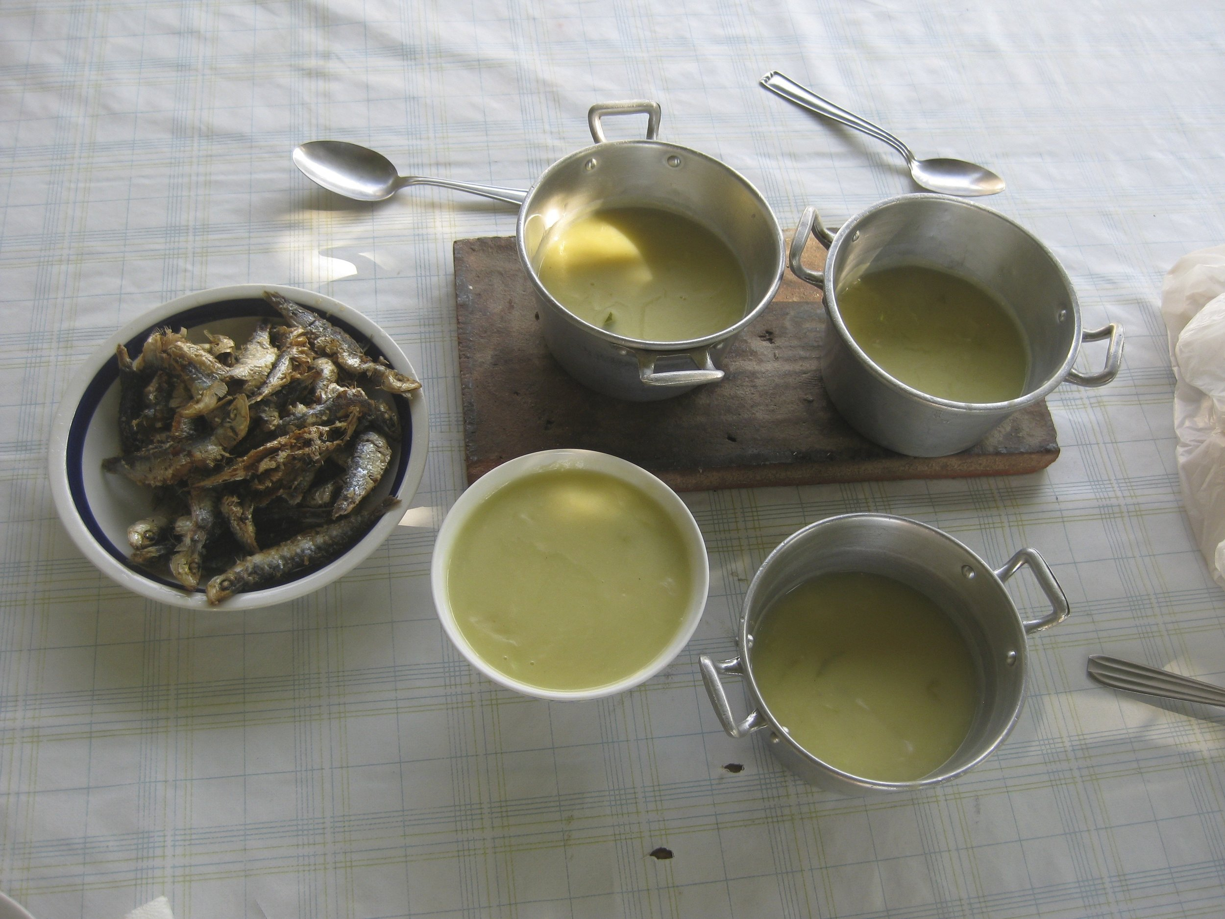 Green bean and potato soup and fried fish…..mmmmm….