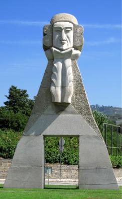 La statue du Marquis de Pombal à l'entrée de Peso da Regua, en granit naturellement !