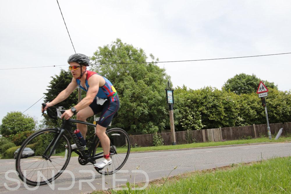 Southend-Triathlon-Cycle-Photos-in-Barling-Corner-035.jpg