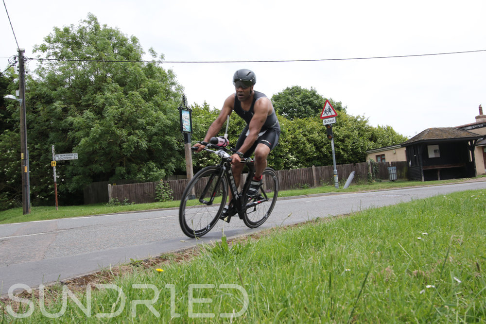 Southend-Triathlon-Cycle-Photos-in-Barling-Corner-071.jpg