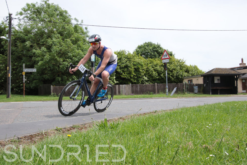 Southend-Triathlon-Cycle-Photos-in-Barling-Corner-087.jpg