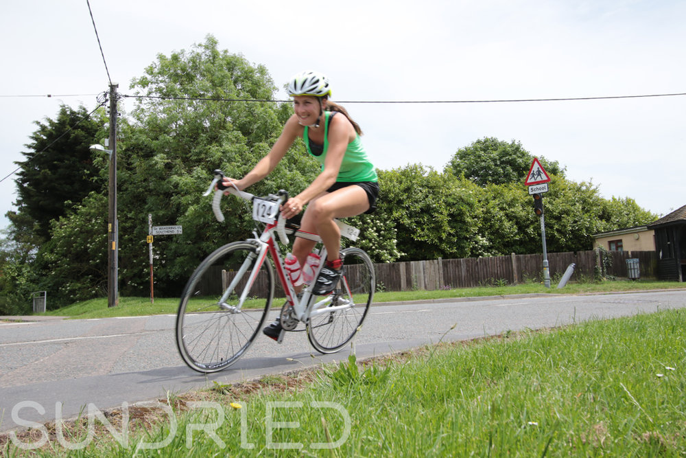 Southend-Triathlon-Cycle-Photos-in-Barling-Corner-099.jpg