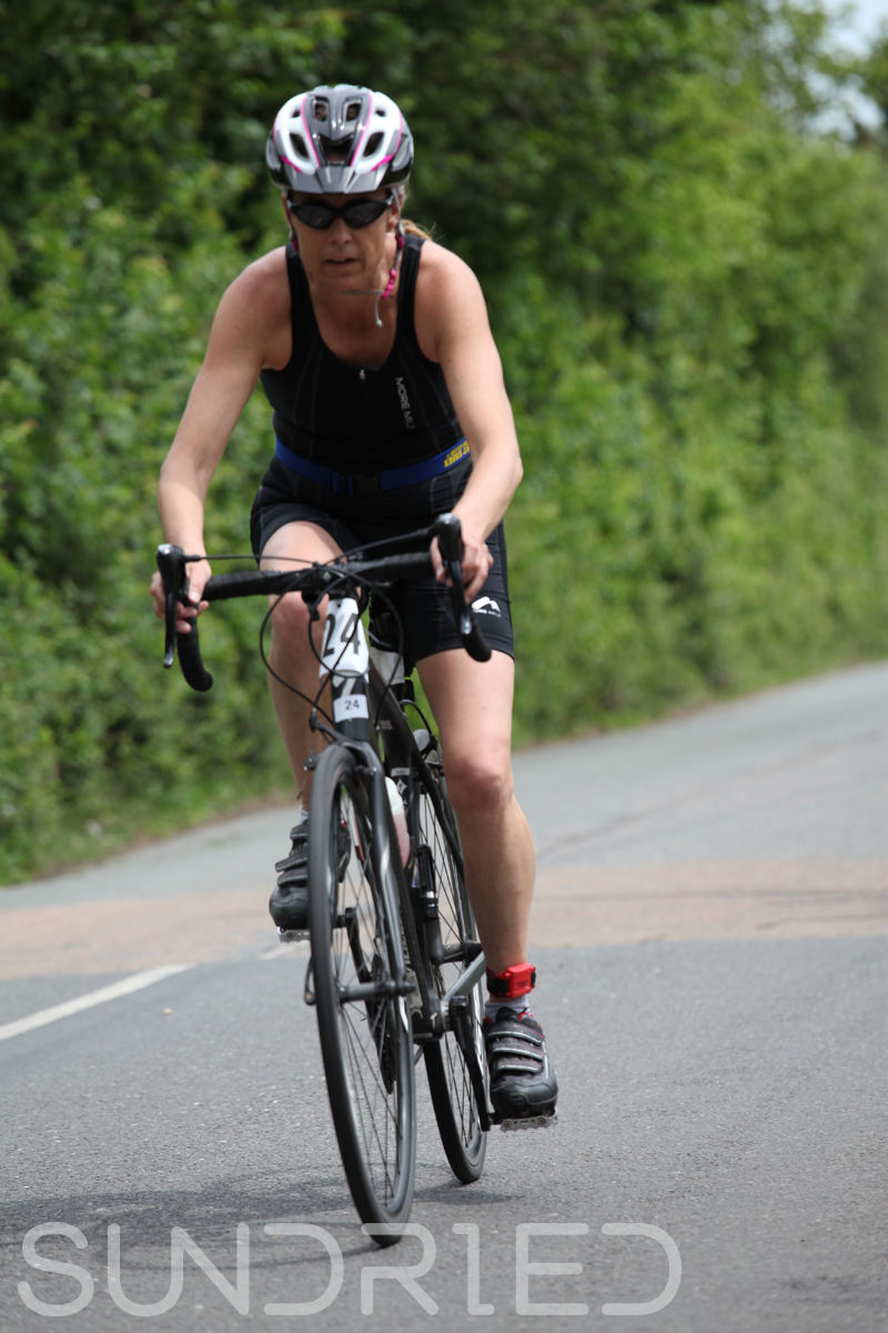 Southend-Triathlon-Cycle-Set-2-Photos-in-Barling-Corner-055.jpg
