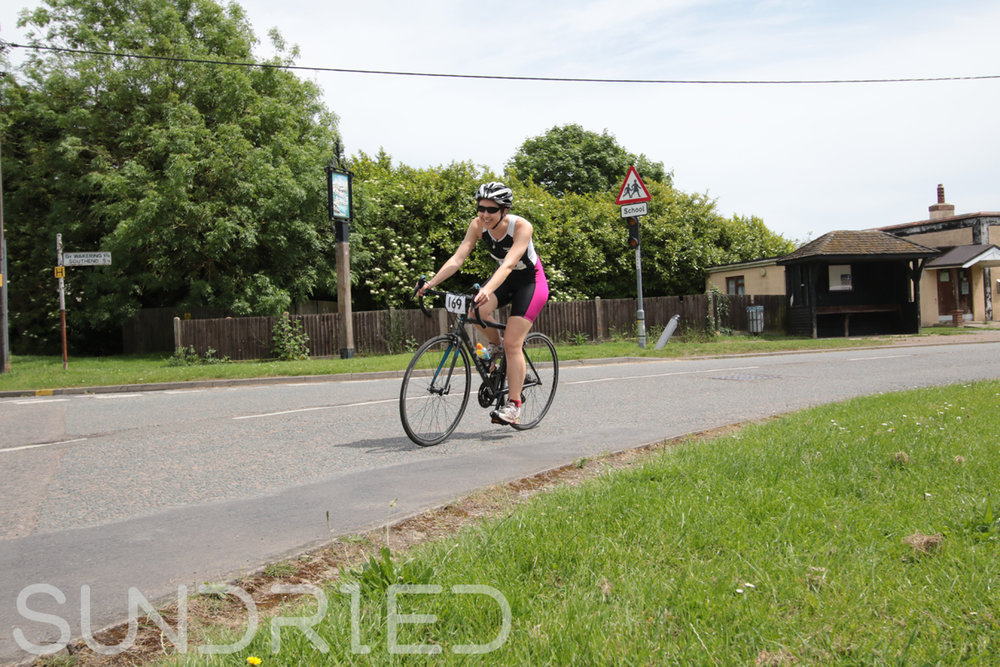 Southend-Triathlon-Cycle-Photos-in-Barling-Corner-144.jpg