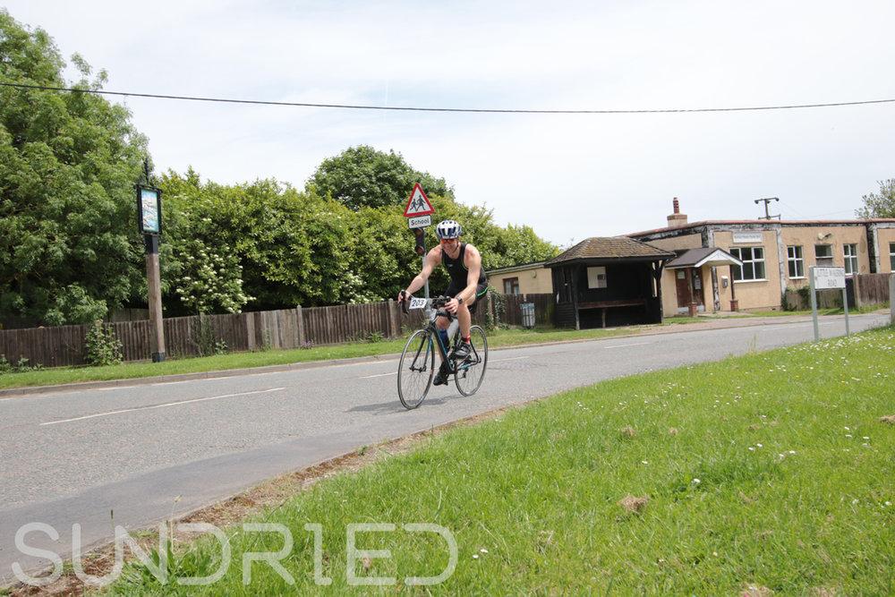 Southend-Triathlon-Cycle-Photos-in-Barling-Corner-184.jpg