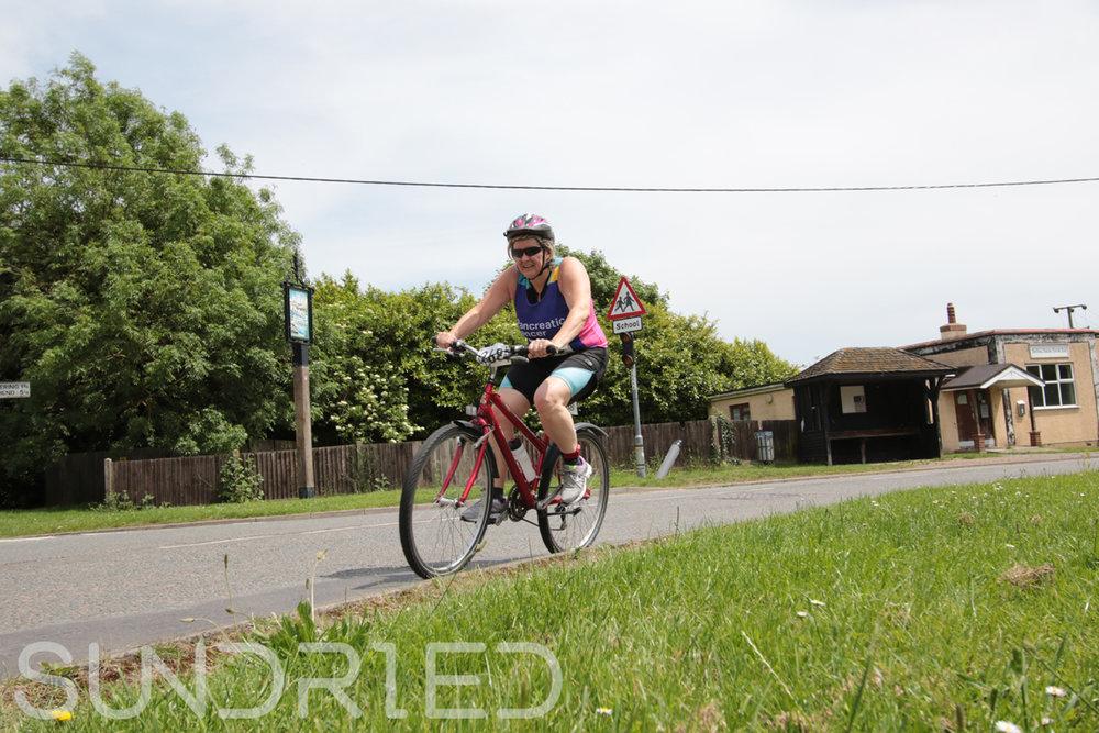 Southend-Triathlon-Cycle-Photos-in-Barling-Corner-225.jpg