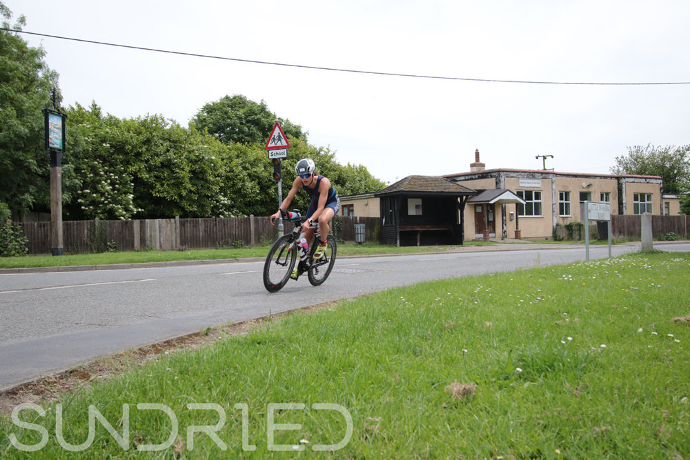 Southend-Triathlon-Cycle-Photos-in-Barling-Corner-001.jpg