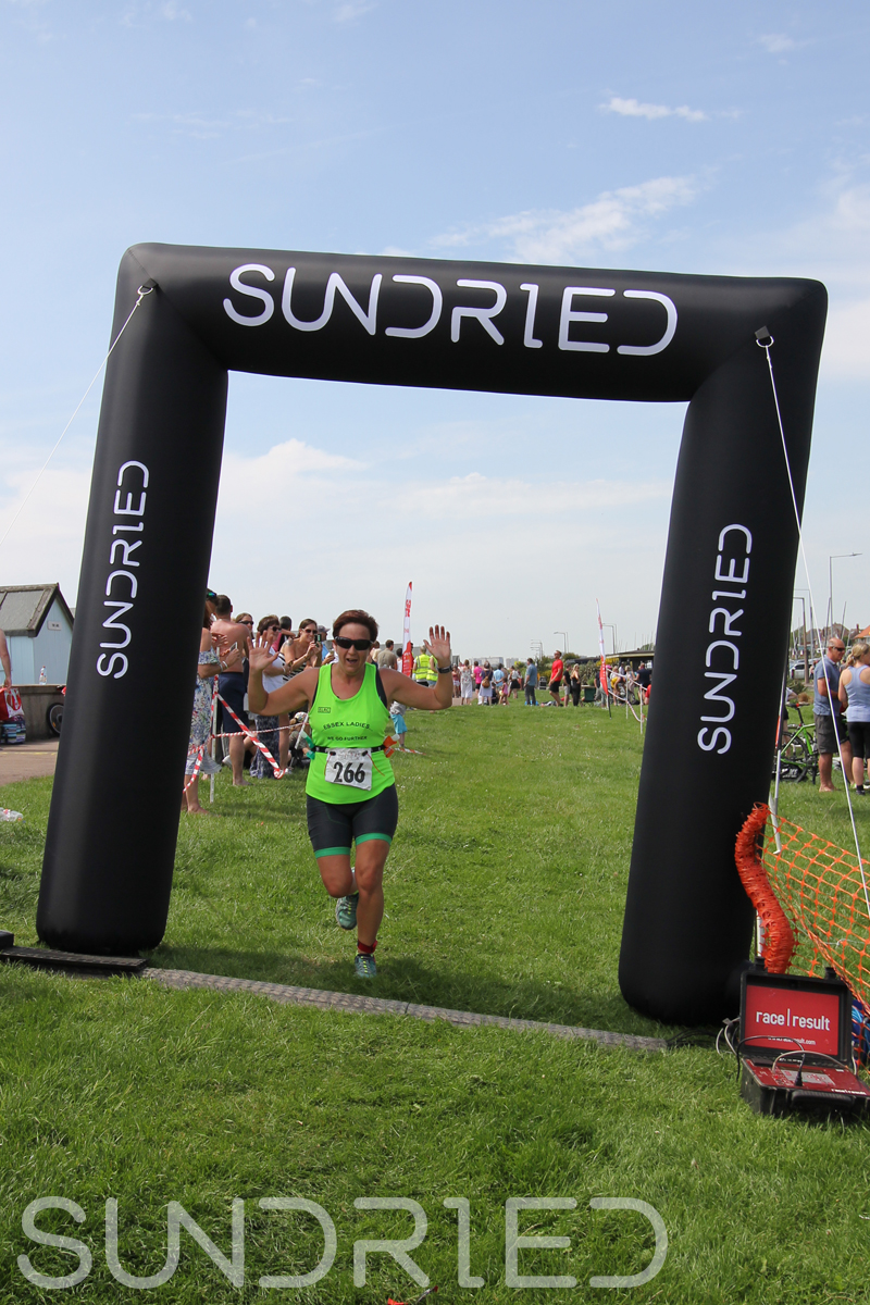 Sundried-Southend-Triathlon-Run-Finish-025.jpg