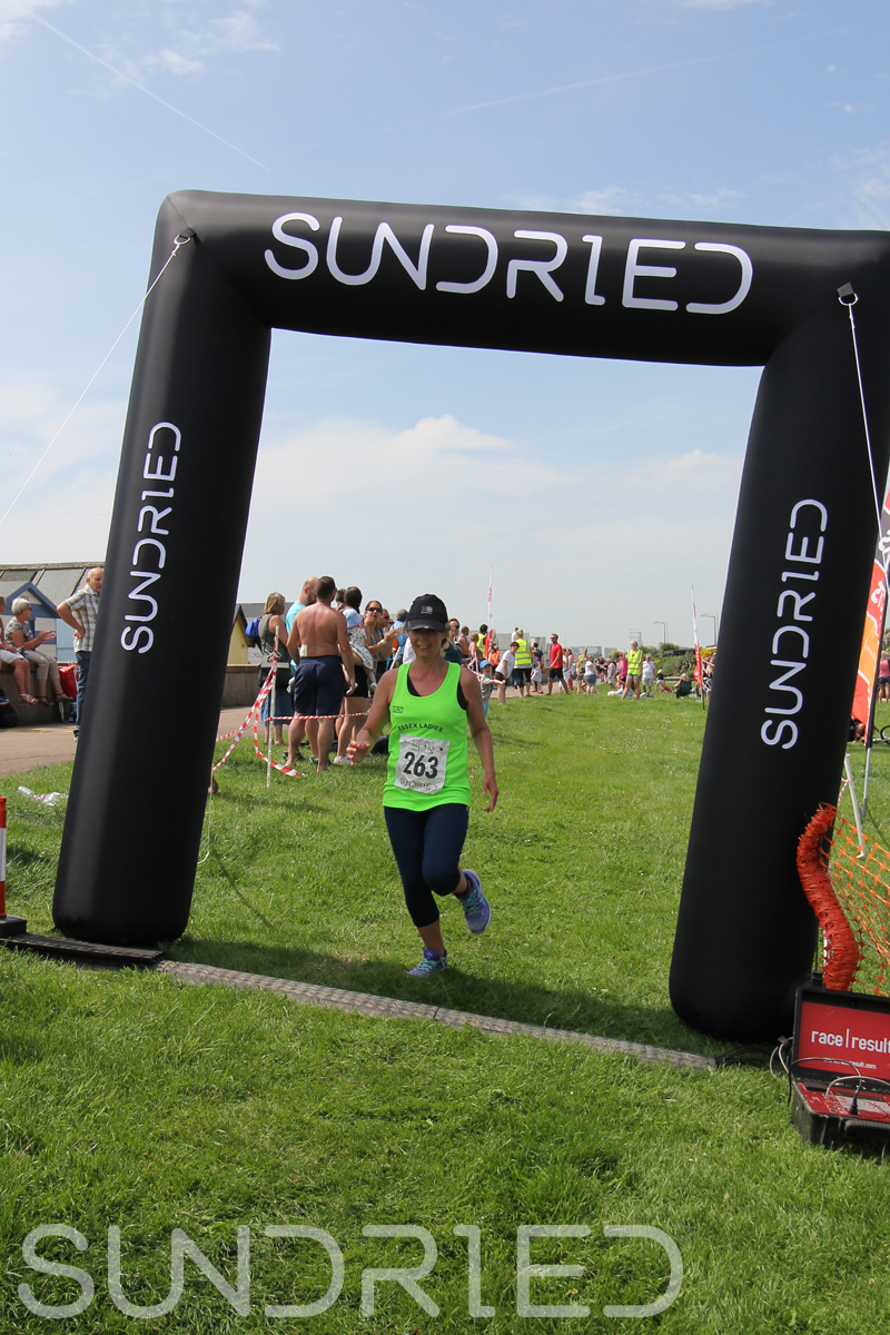 Sundried-Southend-Triathlon-Run-Finish-048.jpg