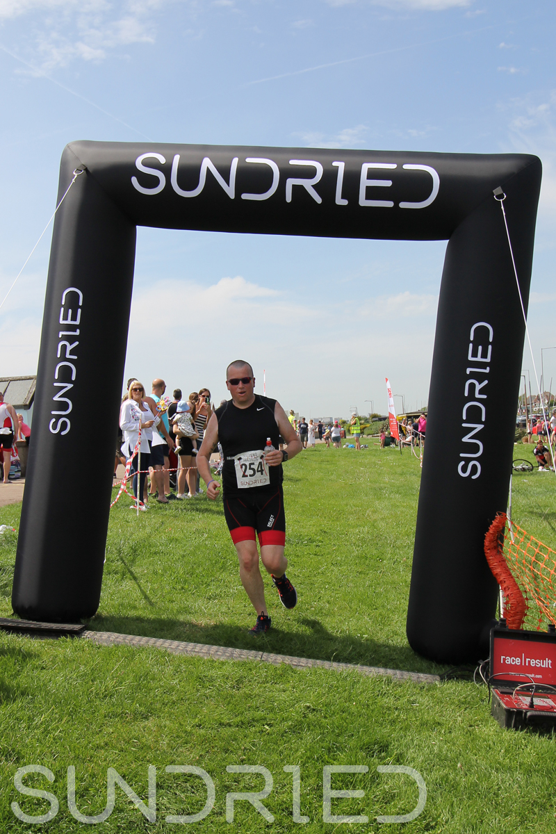Sundried-Southend-Triathlon-Run-Finish-050.jpg