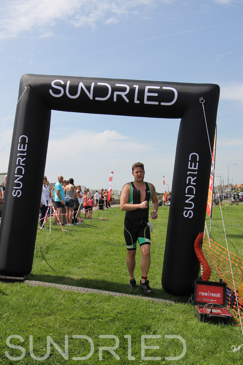 Sundried-Southend-Triathlon-Run-Finish-058.jpg