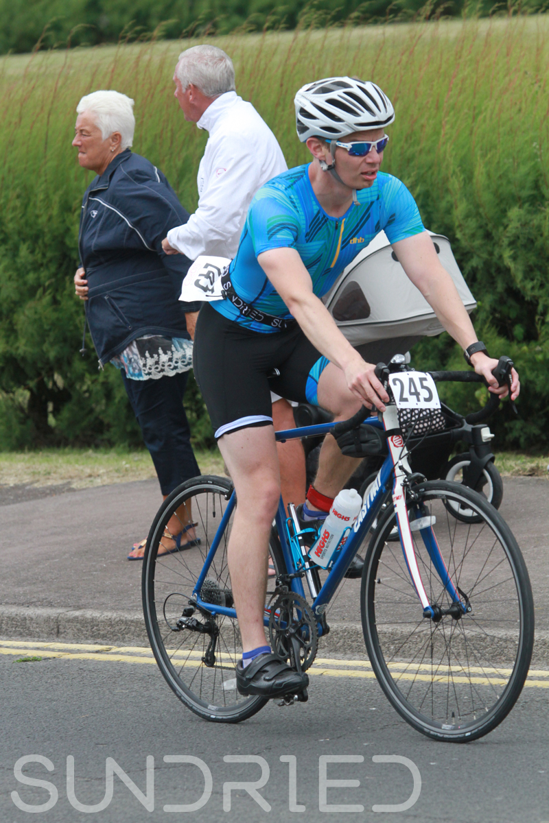 Sundried-Southend-Triathlon-2018-Cycle-Photos-001.jpg