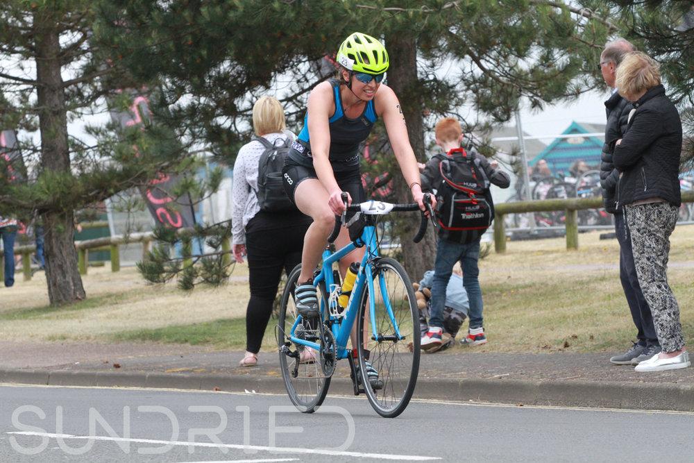 Sundried-Southend-Triathlon-2018-Photos-Cycle-025.jpg