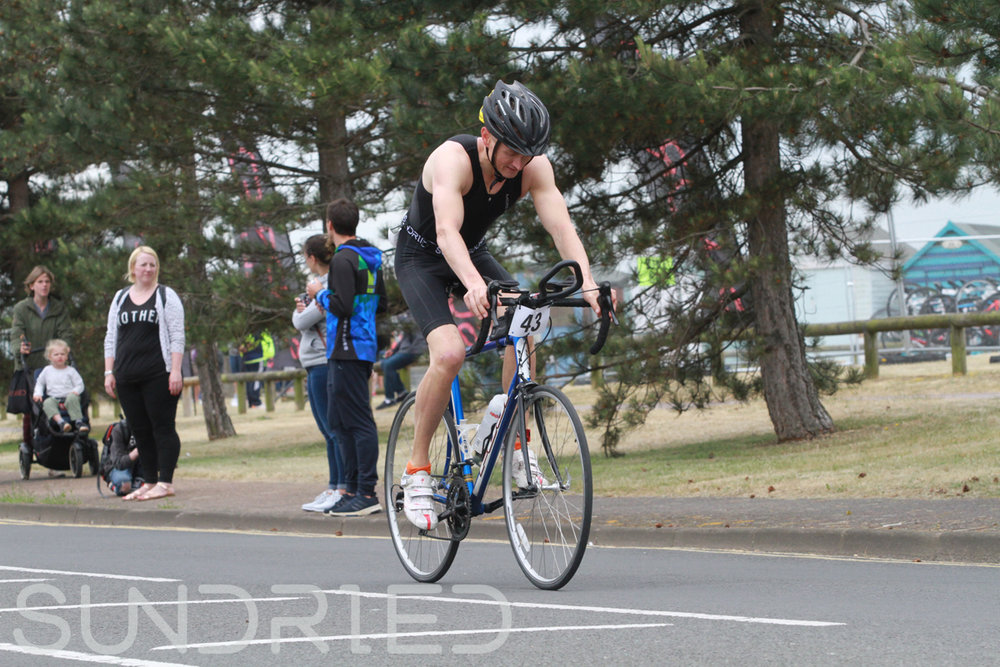 Sundried-Southend-Triathlon-2018-Photos-Cycle-057.jpg
